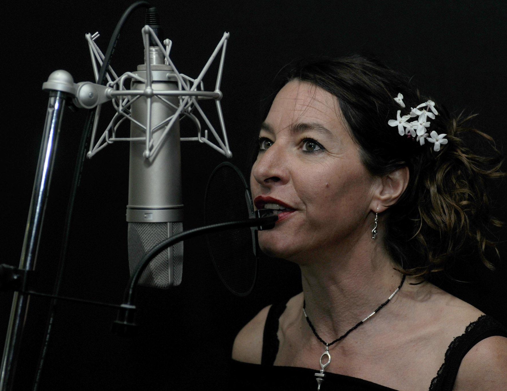 Female-Vocalist-Mallorca1.jpg