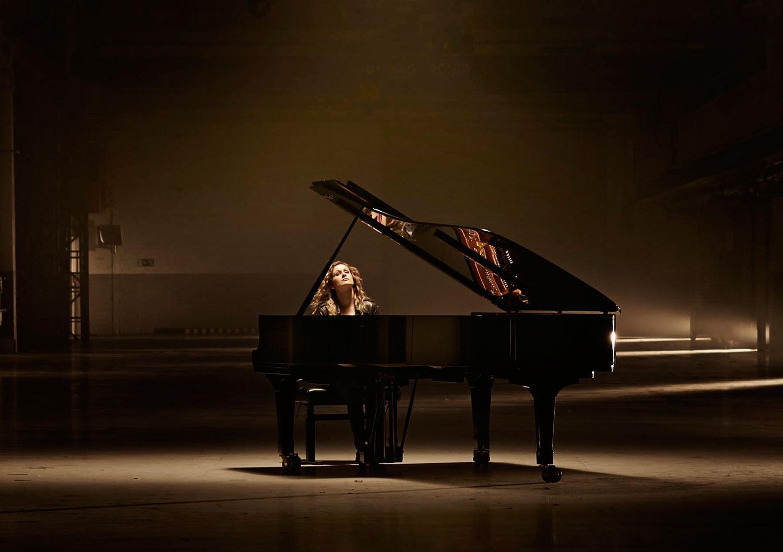 Pianist-Anne-1.jpg