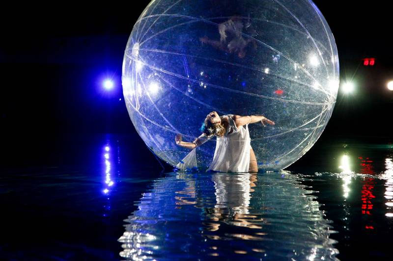 Sphere-Act-on-Water1.jpg