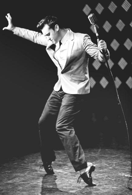Swing-Singer-Michael-3.jpg