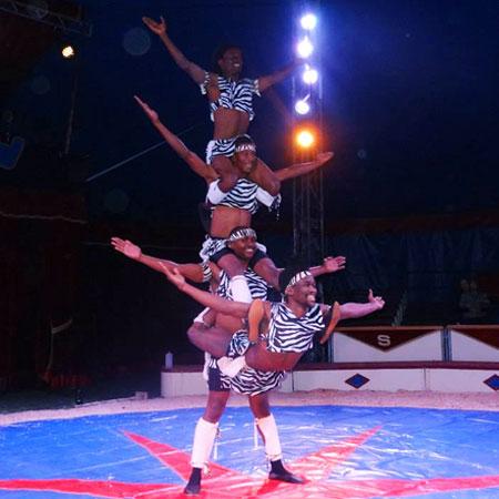 img_African-Acrobat-Show-Main.jpg