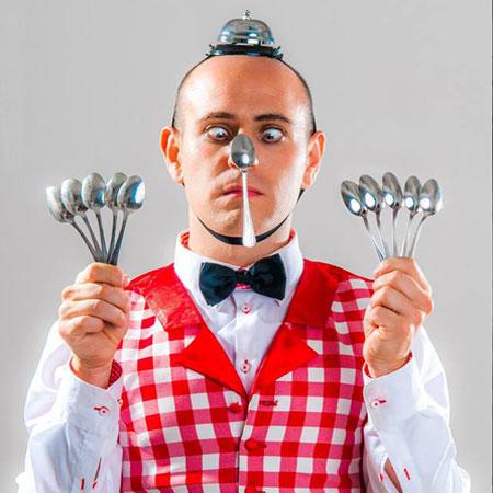 img_Comedy-Juggler-Italy-Main.jpg