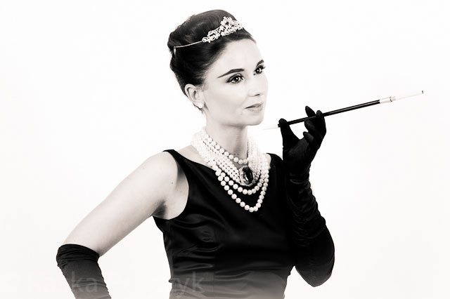Audrey-Hepburn-Lookalike1.jpg