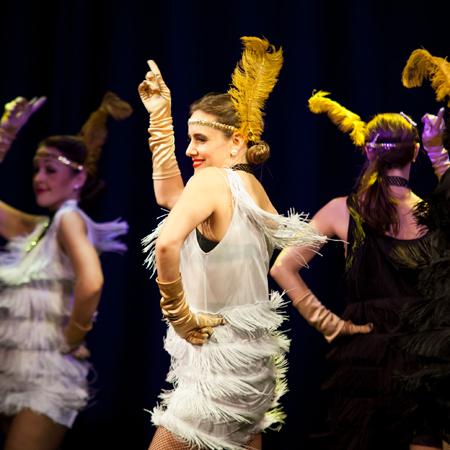 img_Vintage-Burlesque-Cabaret-Dancers-main4.jpg