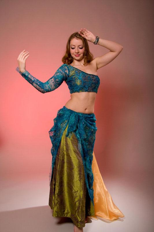 Oriental-Fusion-Dancer-2.jpg