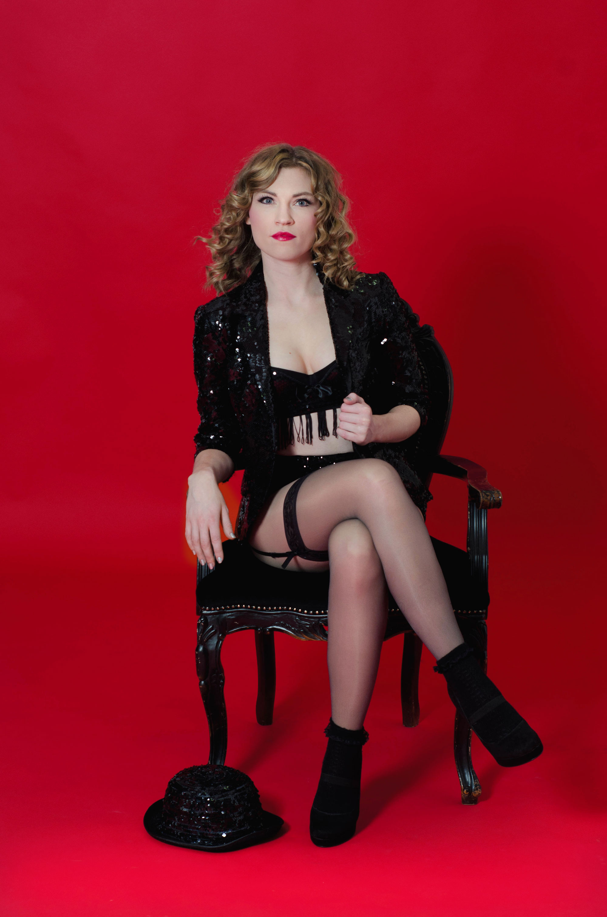 solo-cabaret-entertainer-1.jpg